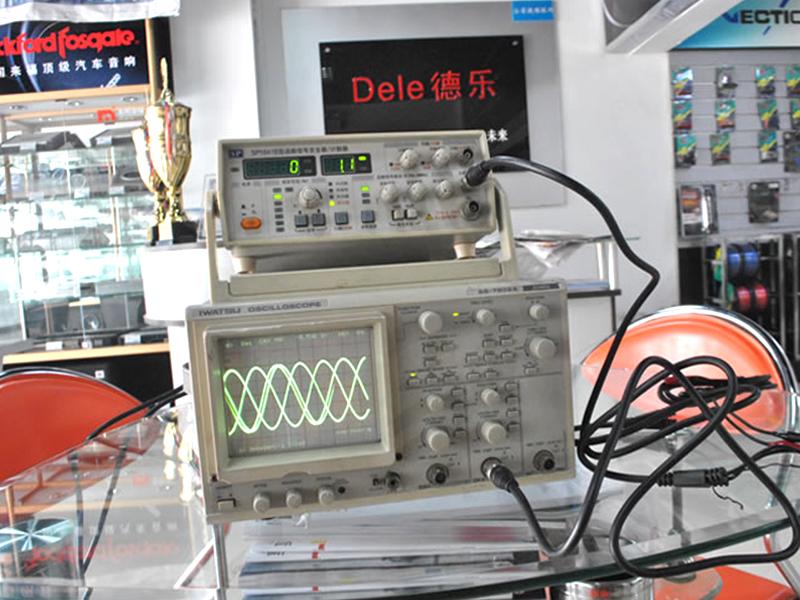 频普仪与信号发生器