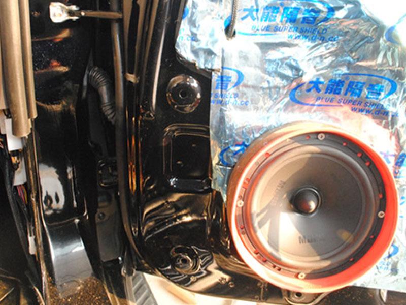 帕杰罗音响改装升级曼斯特喇叭和全